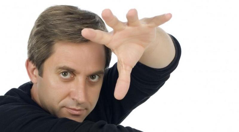 Hipnotizador Tony Kamo